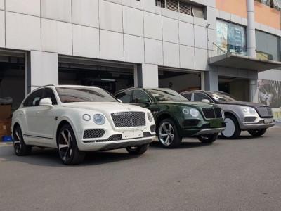 Bentley Bentayga V8 có giá tính lệ phí trước bạ từ 12 tỷ đồng, thú vị nhất là phiên bản 7 chỗ ngồi