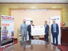 AstraZeneca Việt Nam trao tặng 400.000 khẩu trang hỗ trợ nhân viên y tế Việt Nam tiếp tục phòng chống dịch COVID-19