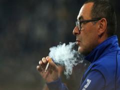 """Sao Juventus tiết lộ về thói quen hút thuốc lá """"điên cuồng"""" của Sarri"""