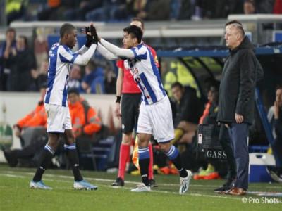 HLV Heerenveen thừa nhận có sai lầm trong vụ chuyển nhượng Văn Hậu