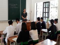 Những giáo viên không nhận thù lao