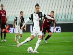 Ronaldo sút hỏng phạt đền ở Cup Italy