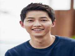 Song Joong Ki hẹn hò nữ luật sư sau khi ly hôn Song Hye Kyo?