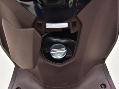 Dung tích bình xăng xe Honda Lead là bao nhiêu? Xe Lead đổ đầy bình thì đi được bao xa?