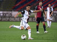 Ronaldo tịt ngòi trước Cagliari