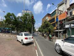 Tư vấn giao thông: Lưu ý đèn tín hiệu giao thông khi rẽ phải để không bị phạt đến 5 triệu đồng