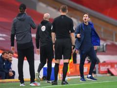 Lampard ám chỉ Liverpool kiêu ngạo