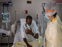 """Covid-19 ở Mỹ """"tăng lên theo cấp số nhân"""", hệ thống y tế báo động đỏ"""