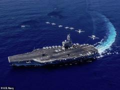 Tàu sân bay Mỹ tập trận ngay trước tàu chiến Trung Quốc ở Biển Đông
