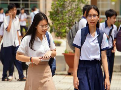 Điểm thi lớp 10 ở Sài Gòn 'nhỉnh' hơn năm ngoái