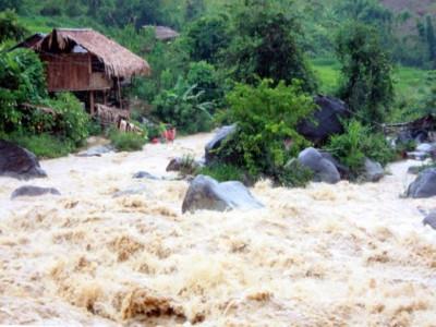 Thủ tướng chỉ đạo ứng phó tình huống thiên tai, mưa lũ lớn bất thường