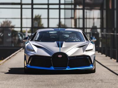 Lô hàng Bugatti Divo đầu tiên xuất xưởng, chờ đại gia Asean mạnh tay chi hầu bao