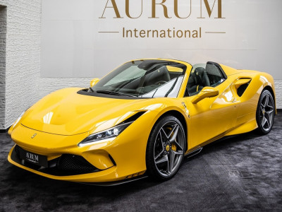 Vẻ đẹp của siêu xe mui trần Ferrari F8 Spider đầu tiên về Việt Nam, xe nhập khẩu từ Đức