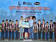 Quỹ sữa vươn cao Việt Nam và Vinamilk trao tặng 83.400 ly sữa cho trẻ em khó khăn Phú Yên