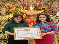 Nữ hoàng hoa hồng Bùi Thị Thanh Hương trở thành Đại sứ Nhân Ái của chương trình Hỗ trợ nhà ở cho phụ nữ khiếm thị khó khăn