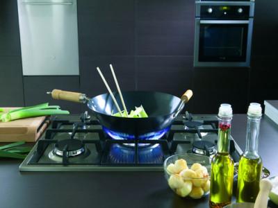 Nấu ăn và ô nhiễm không khí trong nhà