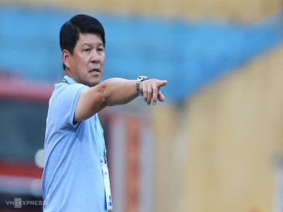 Hơi nóng sau gáy Sài Gòn FC