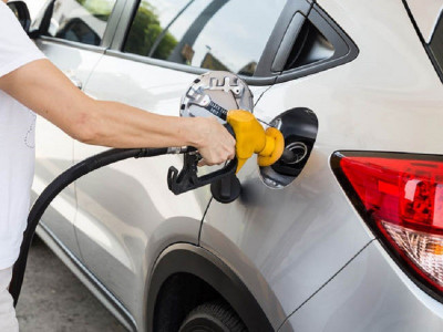 1 lít xăng đi được bao nhiêu km? Làm thế nào để tiết kiệm xăng cho ô tô?