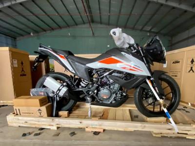 KTM 390 Adventure chính thức có mặt tại Việt Nam, chưa công bố giá bán