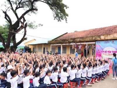 Mang niềm vui đến trẻ em nghèo Bến Tre