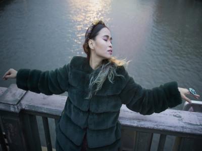 Đồng Lan viết nhạc, tập yoga khi mắc Covid-19