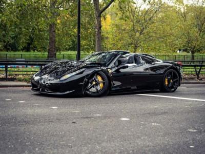 Va chạm liên hoàn với Ferrari 812 Superfast và BMW M6, siêu xe Ferrari 458 Spider gãy cả trục trước