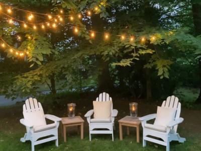 Cách treo đèn dây trang trí sân vườn mùa thu đông