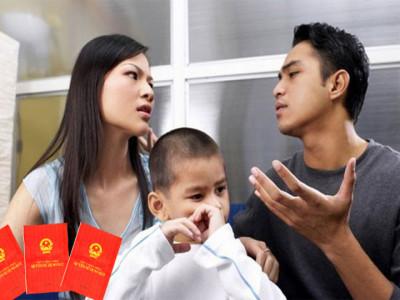 Vợ nhường hết nhà đất cho chồng vì không muốn nuôi con chung sau khi ly hôn