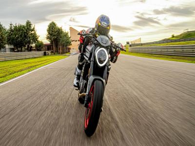 Ducati Monster 2021 lộ diện: Giảm cân thành công, mất đi vẻ cơ bắp khiến nhiều người thất vọng