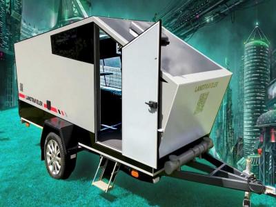 Đây là xe moóc cắm trại nhái theo phong cách Tesla Cybertruck của người Nga