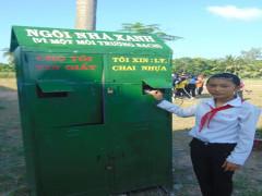"""Mô hình """"biến rác thành tiền"""" của đội tuyên truyền viên BVMT xã Phú Thuận B, huyện Hồng Ngự, tỉnh Đồng Tháp"""