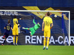 Tottenham thua thảm ở Europa League