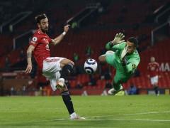 Fernandes giúp Man Utd thắng ngược