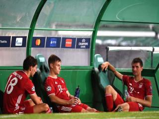 Bayern và 'tử huyệt' từ chiều sâu đội hình