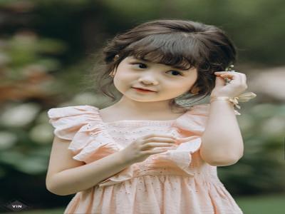 Mẫu nhí Ngọc Ly hóa công chúa ngọt ngào trong vườn xuân Hi Spring đầy ấn tượng