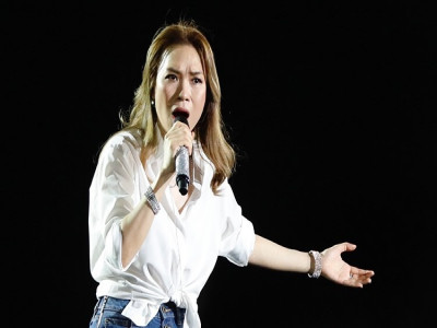 Mỹ Tâm hoãn liveshow 'Tri âm' ở Hà Nội