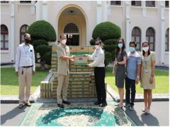 Vinamilk và công ty con tại Campuchia hỗ trợ sữa cho người dân nước bạn chống dịch Covid-19