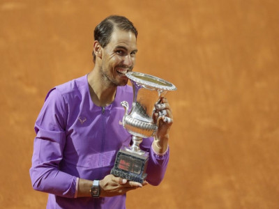 Nadal hạ Djokovic ở chung kết Rome Masters