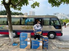 Tùng Dương cùng nhiều nghệ sĩ quyên góp, ủng hộ vật tư cho Bắc Giang chống Covid-19
