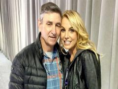 Cha Britney Spears xin bỏ quyền giám hộ
