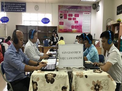 Trung tâm Dịch vụ việc làm Cà Mau tiếp nhận hồ sơ trợ cấp thất nghiệp qua mạng xã hội