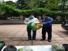 Trao 625 suất quà cho   người khiếm thị quận Thanh Xuân