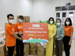 ShopeeFood và Hội Liên hiệp Phụ nữ TP.HCM trao 1.000 giỏ quà đến phụ nữ và trẻ em gặp khó  khăn nhân ngày 20.10