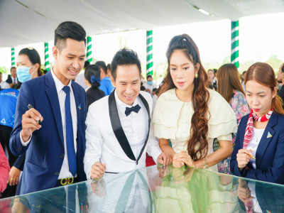 Lý Hải - Minh Hà tìm hiểu đất nền khu đô thị Happy Home ở Cà Mau