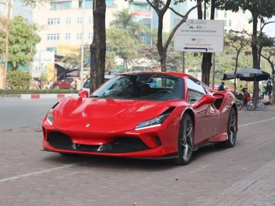 Diện mạo siêu xe mui trần Ferrari F8 Spider thứ 2 về nước với màu sơn đỏ hiếu chiến
