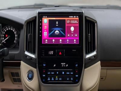 Đâu là loại màn hình ô tô đáng mua nhất hiện nay?