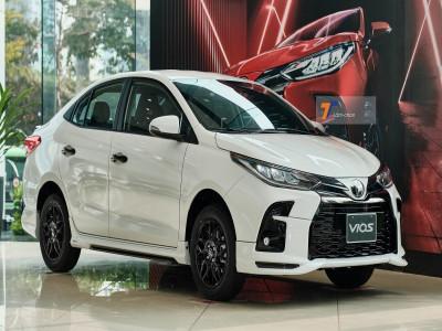 """Mua xe """"thể thao bình dân"""", chọn Toyota Vios GR-S 2021 hay Honda City RS 2021?"""