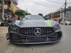 Mercedes-AMG GT R Pro độc nhất Việt Nam được chủ nhân cho ra biển trắng của Hoà Bình
