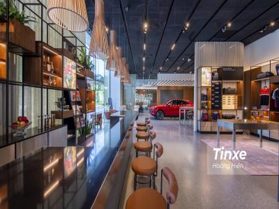 Không gian trưng bày xe dạng studio - hướng đi mới của các hãng xe sang tại Việt Nam