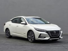 Nissan Sylphy 2022 phiên bản tiêu thụ 4 lít xăng/100 km rục rịch ra mắt, đối đầu Honda Civic